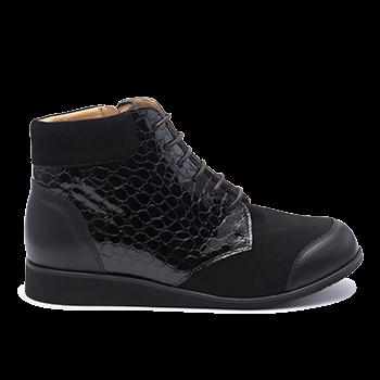 075 Black fantasy leather